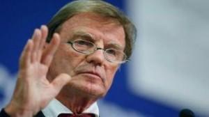 Bernard Kouchner se plaint d'humiliations et démissionne