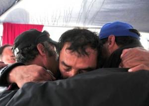 Happy End pour les mineurs chiliens, une pensée pour les victimes de la grotte de Nyakimana