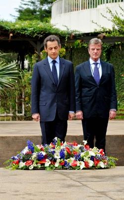 Sarkozy et Kouchner à Kigali