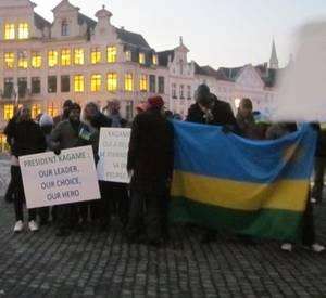 Manifestants pro Kagame