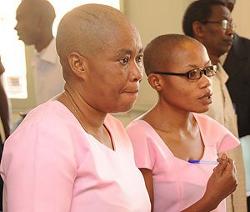 Mukakibibi Saidath (gauche) et Agnes Nkusi (droite)