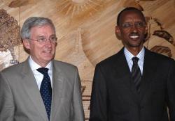 Ben Knapen et Paul Kagame