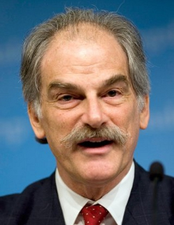 Le directeur général adjoint  du FMI, John Lipsky