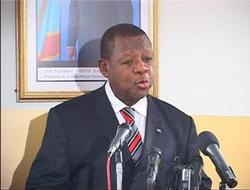 Lambert Mende Omalanga - Le ministre de la Communication et des Médias, porte-parole du gouvernement.