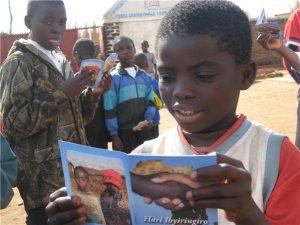 Une association Belge aide les réfugiés du camp de Dzaleka