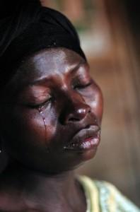 Une femme congolaise qui pleure