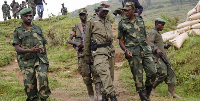Le colonel Sultani Makenga (au milieu), le leader du M23. Source:AFP
