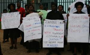 « Apatrides » : « Les Rwandais ont encore des raisons de fuir »