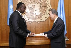 Eugène-Richard Gasana, Ambassadeur du Rwanda auprès de l'ONU et le Secrétaire général de l'ONU, Ban Ki-moon