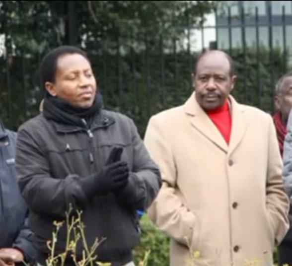 """Joseph Matata, coordinateur du CLIIIR(gauche) et Paul Rusesabagina, héros de """"Hotel Rwanda""""(droite)"""