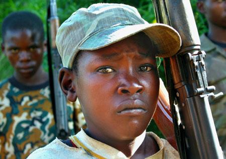 Enfants soldats - source: Croix-rouge