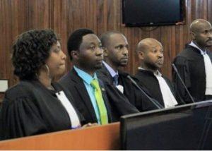 Procès à la Cour Suprème concernant la plainte contre une révision de la constitution