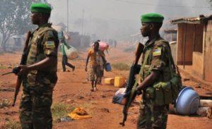Soldats Rwandais de la MINUSCA en patrouille dans Bangui