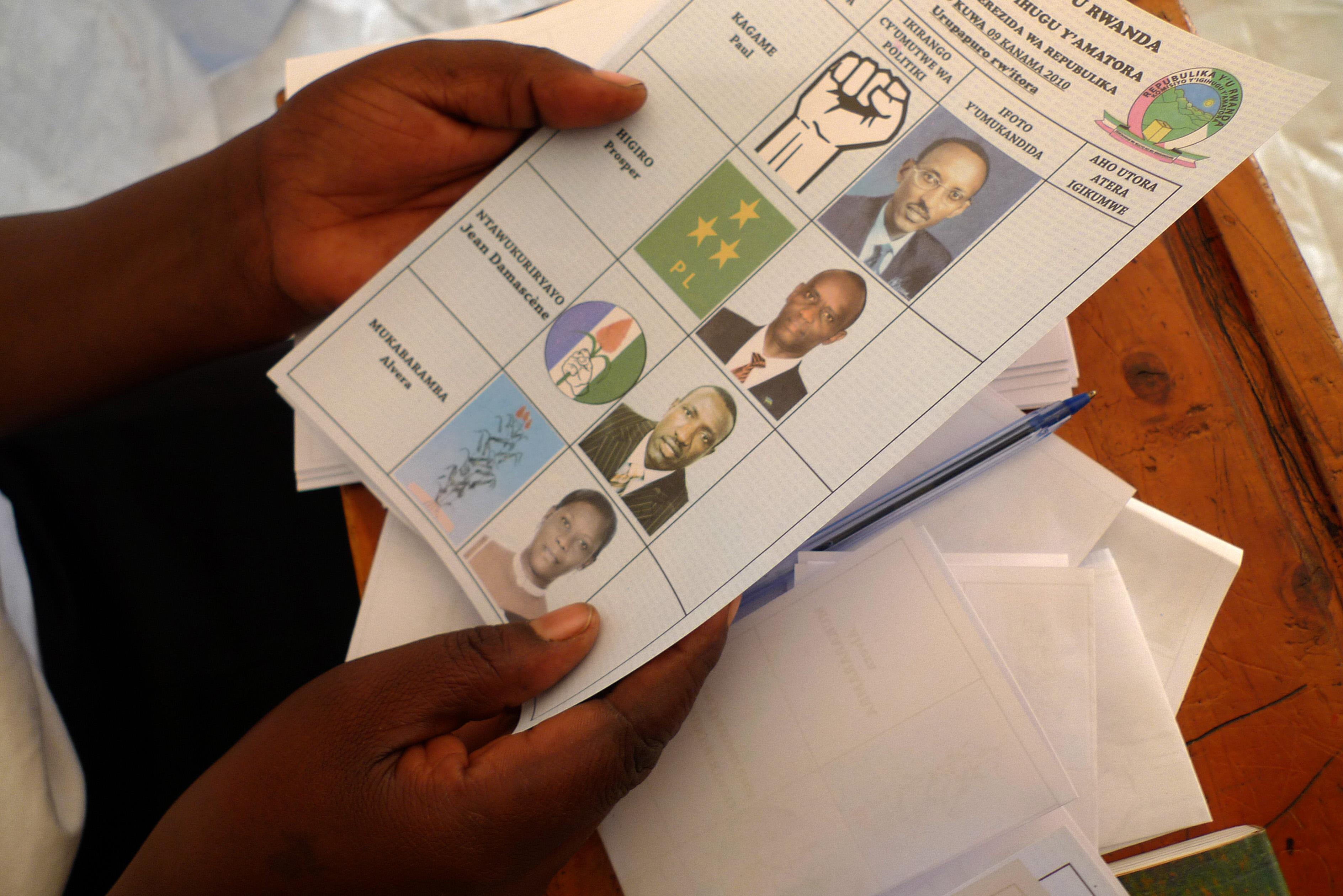 Bulletin de vote lors de l'élection présidentielle 2010