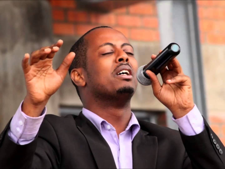 Rwanda – Kizito Mihigo : que devient le chanteur chrétien muselé ?
