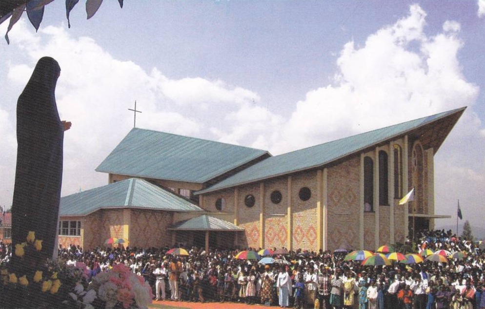 Rwanda – Kibeho: Quand la Mère du Verbe visita le pays des mille collines
