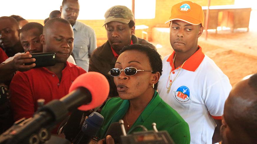 Rwanda : Un an après, quelle liberté pour Victoire Ingabire et Kizito Mihigo?
